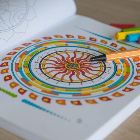 8 bonnes raisons de colorier des mandalas